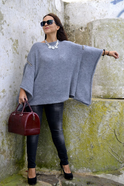 Jersey_Poncho_Outfit_Post_Zara_Furla_bag_02