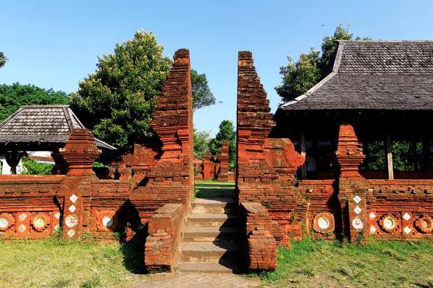 Para Raja Di Kesultanan Kasepuhan Cirebon