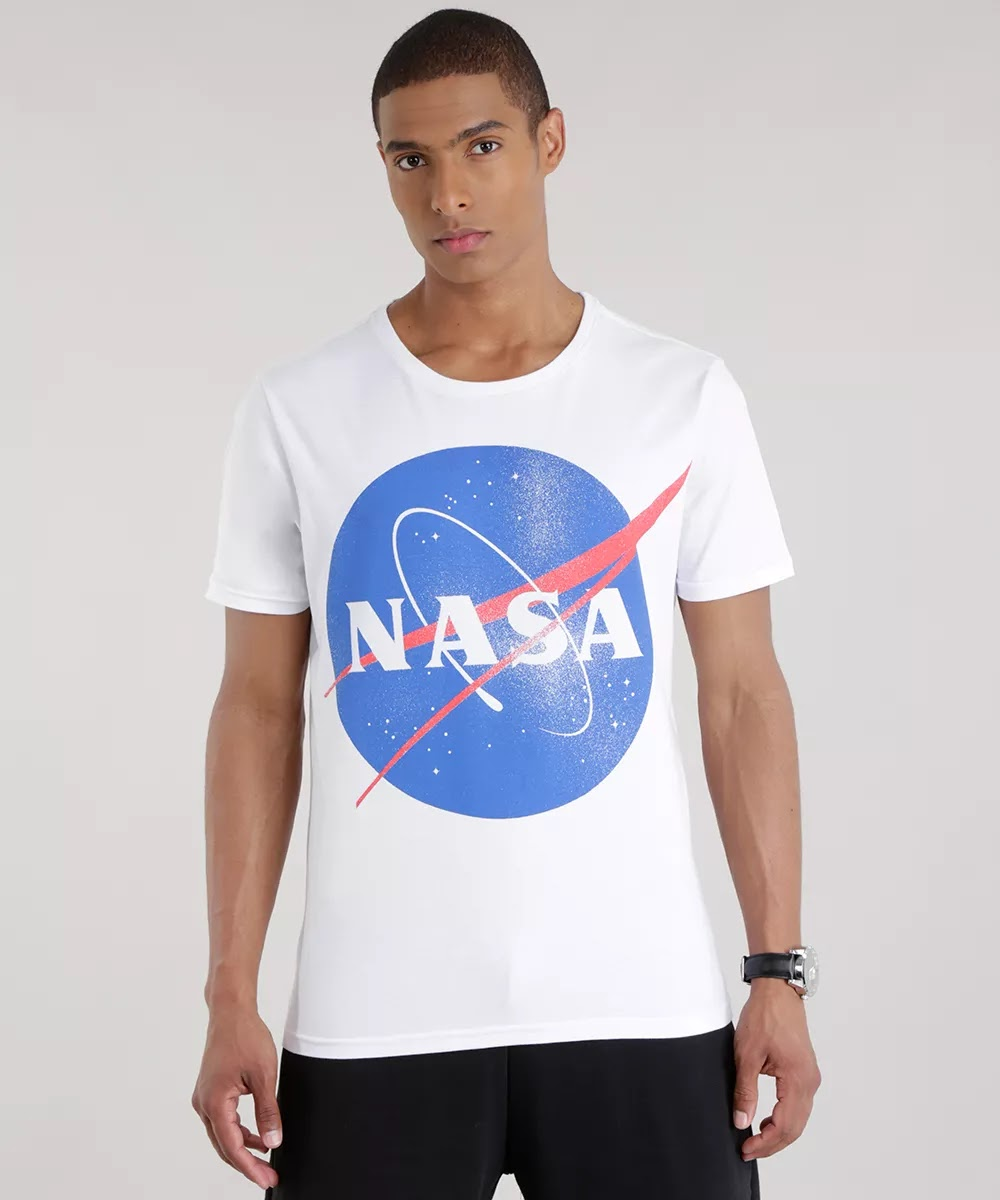 Look Masculino com camiseta NAsa