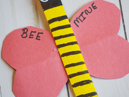 Bee Mine Popsicle Stick Bee {A Valentine's Day Kids Craft}
