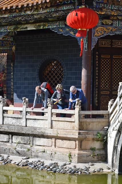 la famille au temple de Kunming