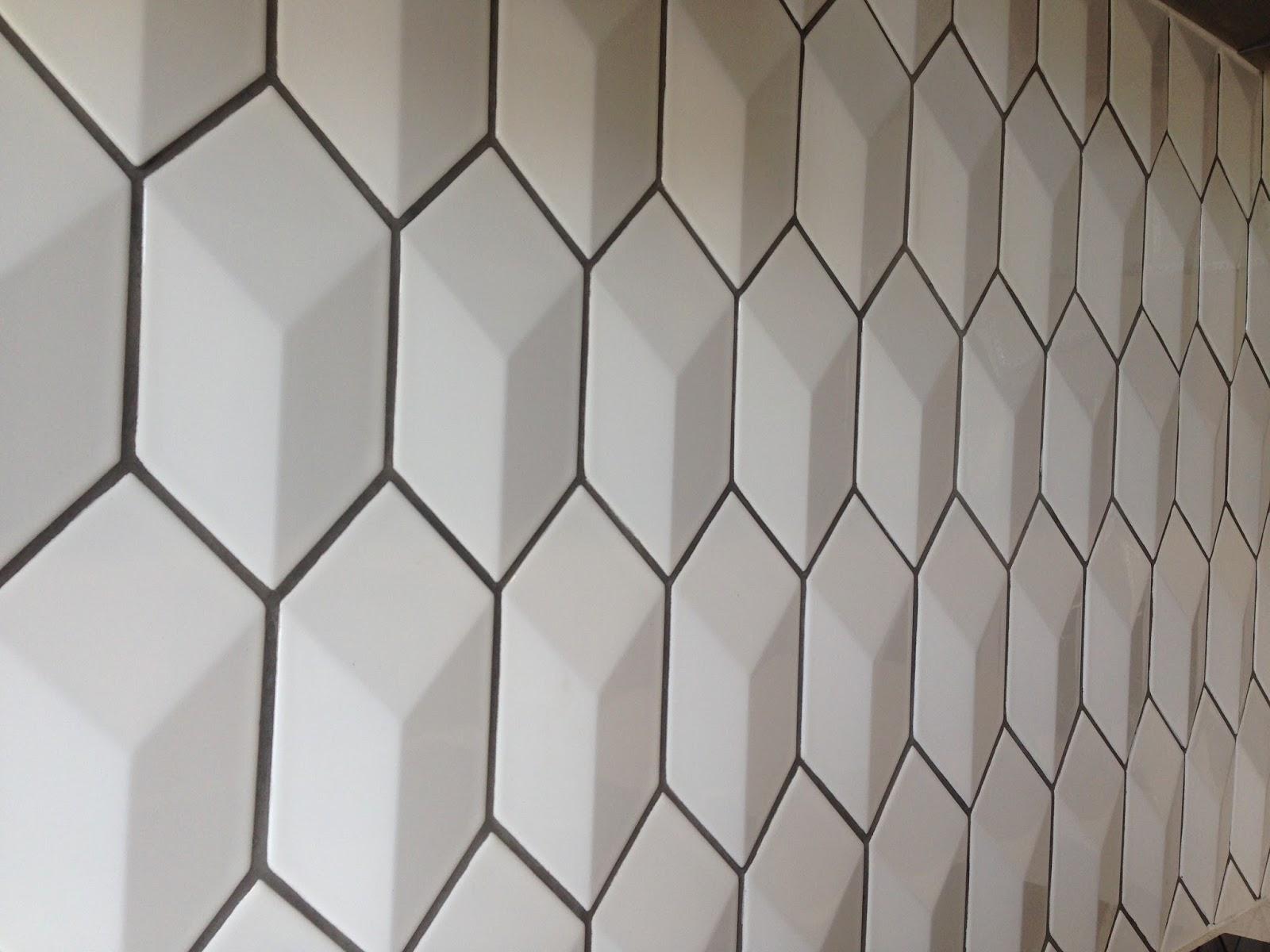 Mrs Cake: A geometric tiled backsplash