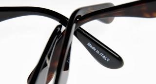 Hogyan állapítsd meg, hogy eredeti vagy klón napszemüveggel van dolgod?