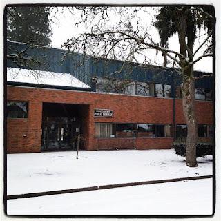 Woodburn Public Library