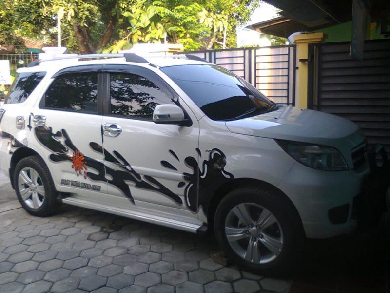 Modifikasi Mobil Toyota Rush dan Daihatsu Terios  Mobil Modifikasi