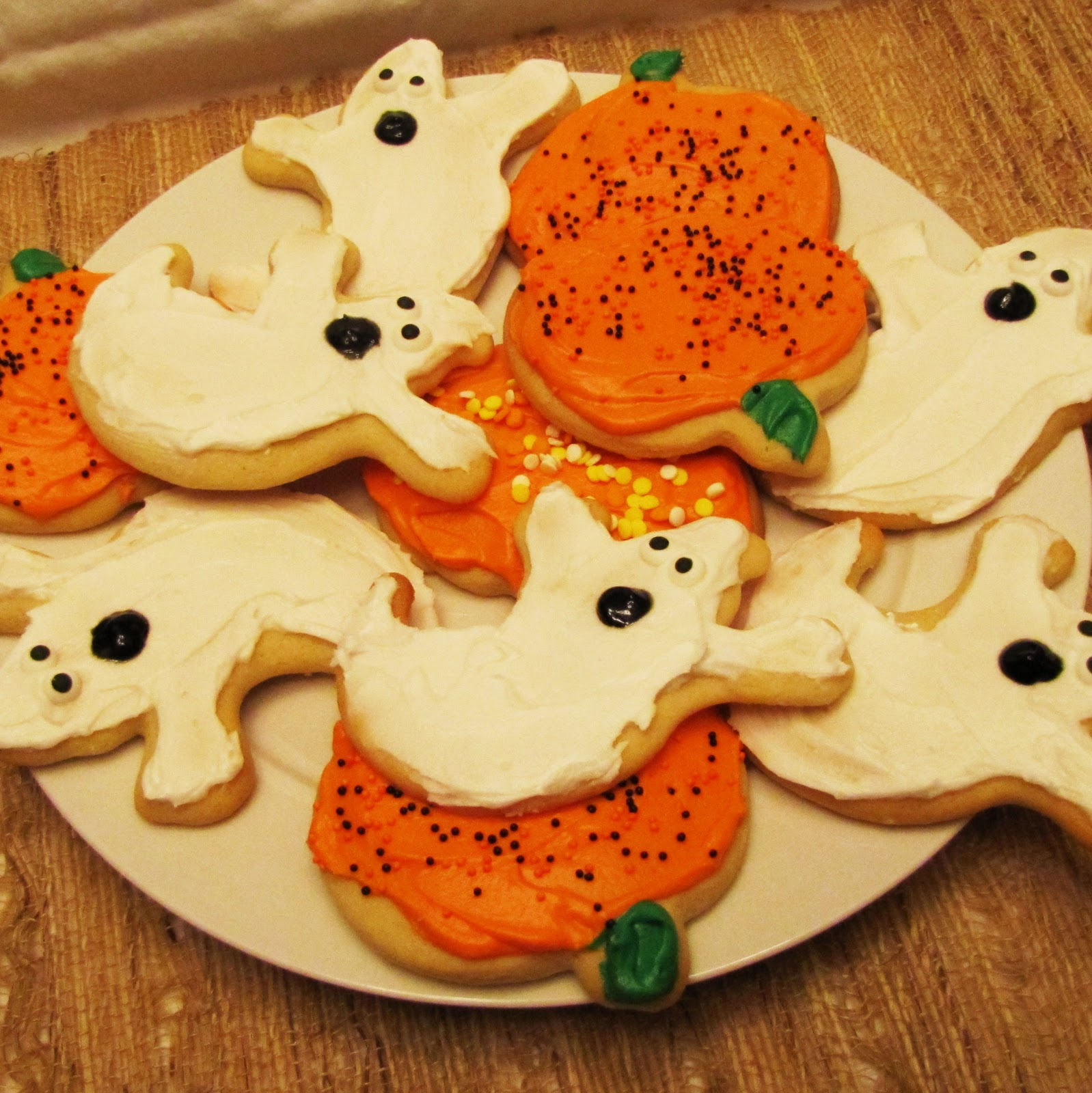 Cut Out Sugar Cookie Recipe: Rumbly In My Tumbly: Cut Out Sugar Cookies