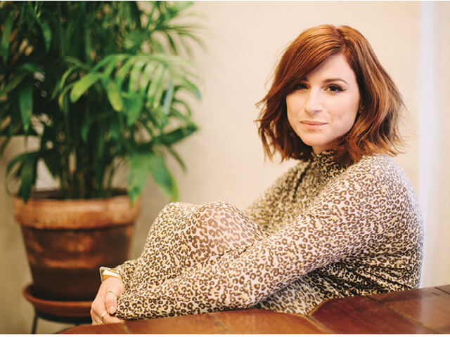 Aya Cash HD Photos Collcetion 2017