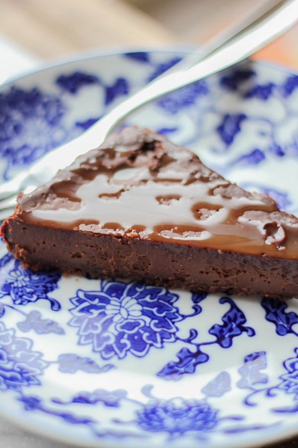 A rich and decadent Salted Chocolate Caramel Tart made with a chocolate shortbread crust is just what you need to feed your sweet tooth!