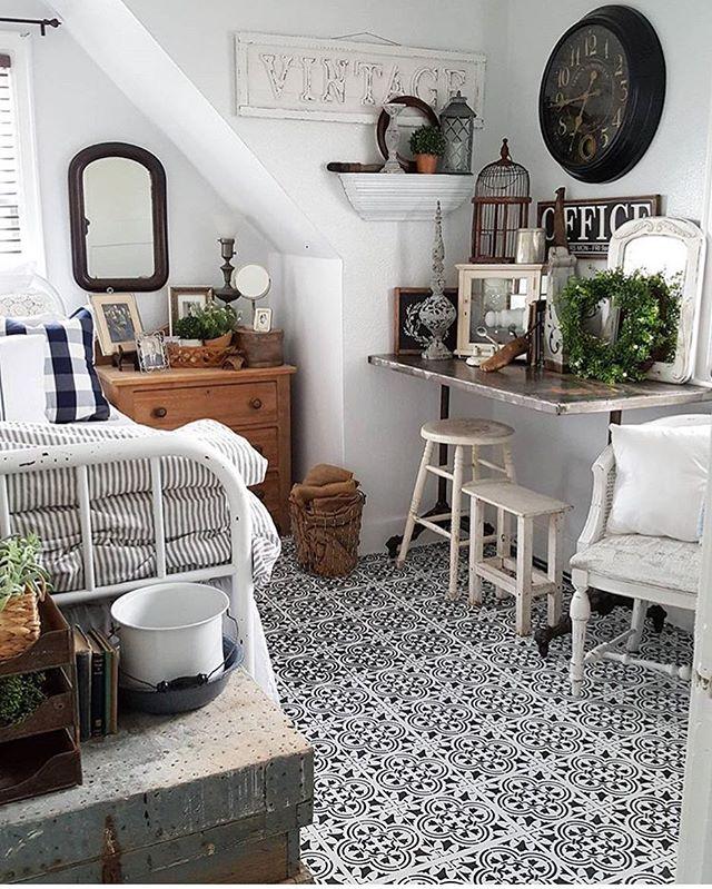 stenciling floor tiles
