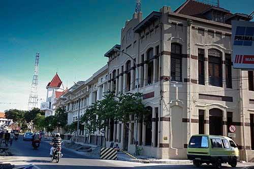 Wisata Kota Tua Surabaya Dengan Banguna Lama Yang Unik Wisata Kota Tua Surabaya Dengan Banguna Lama Yang Unik