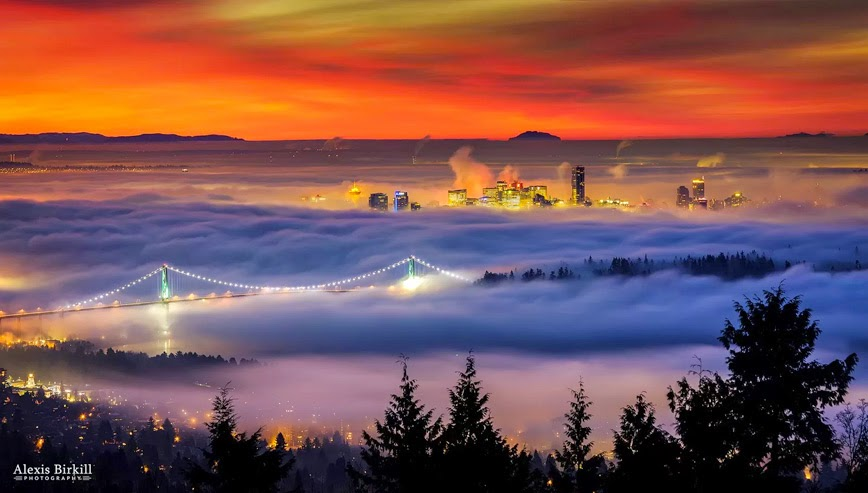 4. Fog – Vancouver, Canada - 27 Amazing Travel Photos That Will Infect You With The Travel Bug