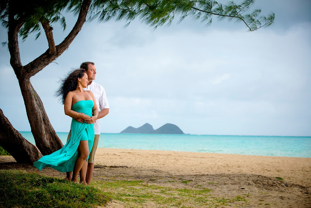 Couples portrait session Waimanalo Hawaii