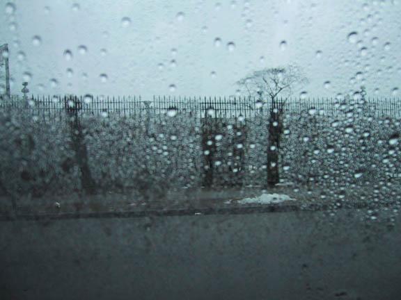 essay on rainy day descriptive essay rainy day write a narrative essay on a rainy day