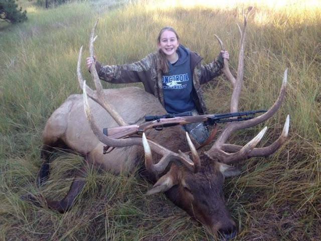 Niña de 14 años en Nebraska, mata el más grande alce