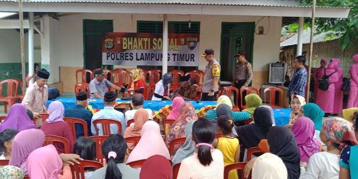 Kapolres Lamtim Kembali Melaksanakan Bansos Ke Desa-Desa