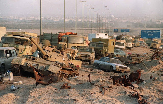 Iraq accepted UN Resolution 660 and offered to withdraw from Kuwait through Soviet mediation on February 21, 1991.