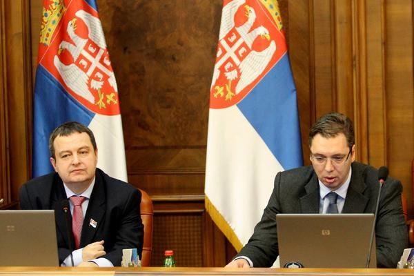 Πέπλο μυστηρίου καλύπτει τη ρήξη Σερβίας - Σκοπίων