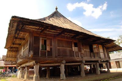 Gambar Desain Rumah adat Lampung