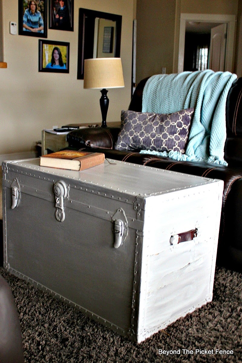 Beyond the Picket Fence, paint saves old trunk, storage, coffee table http://bec4-beyondthepicketfence.blogspot.com/2015/02/trunk-transformation-saving-old-trunk.html