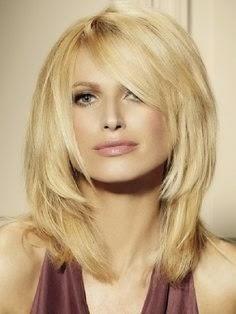 Latest Hairstyles For Medium Length Hair For Women}