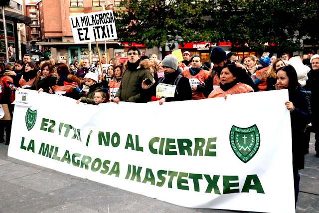 Protesta de las familias y trabajadores de La Milagrosa