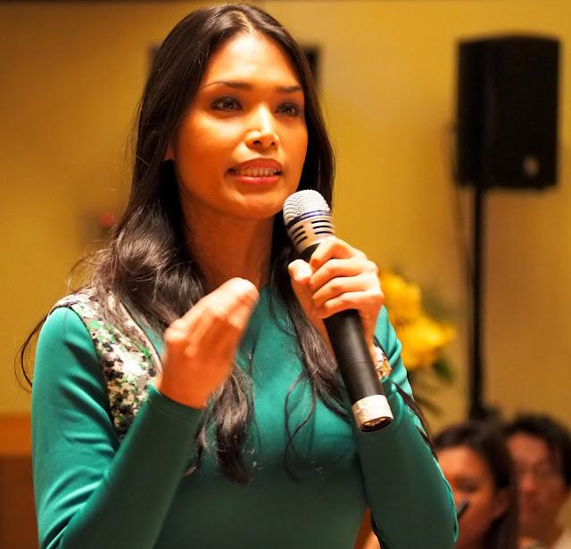 Geena Rocero, activiste transsexuelle et fondateur de Gender Proud, durant le séminaire régional sur  les droits de l'homme et la santé des LGBT en Asie.