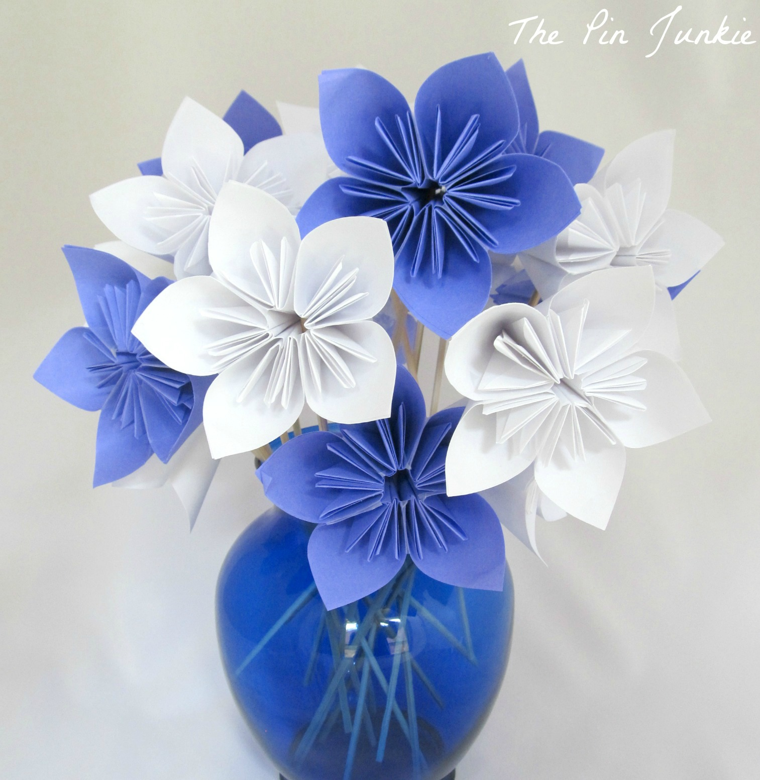 Paper Origami Flowers {The Pin Junkie} - photo#7