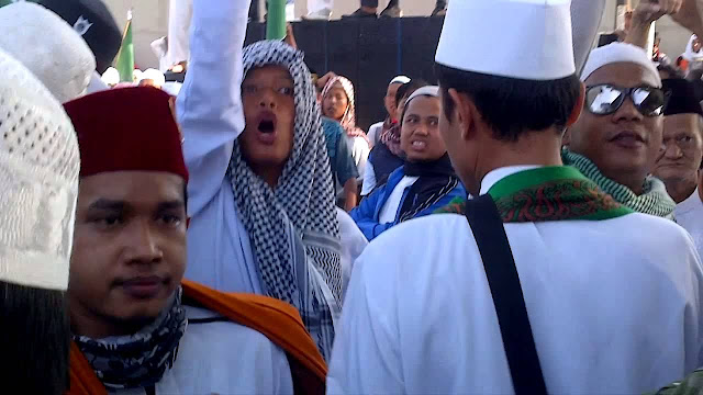 Takut Ada Kristenisasi, Warga Muslim Jagakarsa Tolak Pembangunan Rumah Pastoran