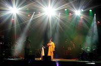 https://musicaengalego.blogspot.com/2018/07/fotos-laroa-en-redondela.html