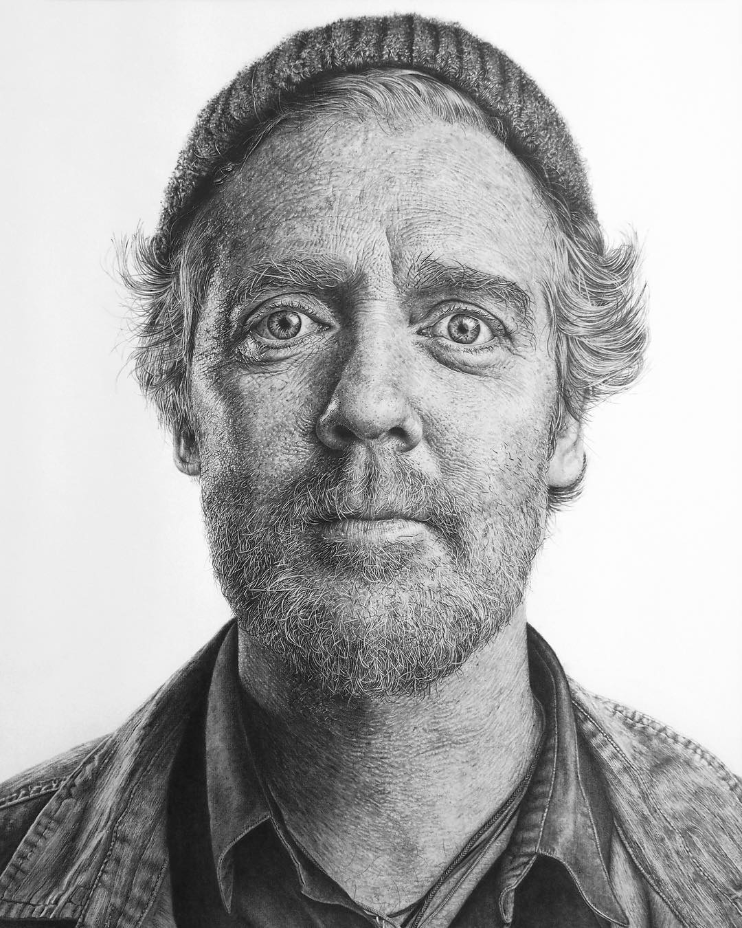02-Glen-Hansard-Monica-Lee-zephyrxavier-Eclectic-Mixture-of-Pencil-Wild-Life-and-Portrait-Drawings-www-designstack-co