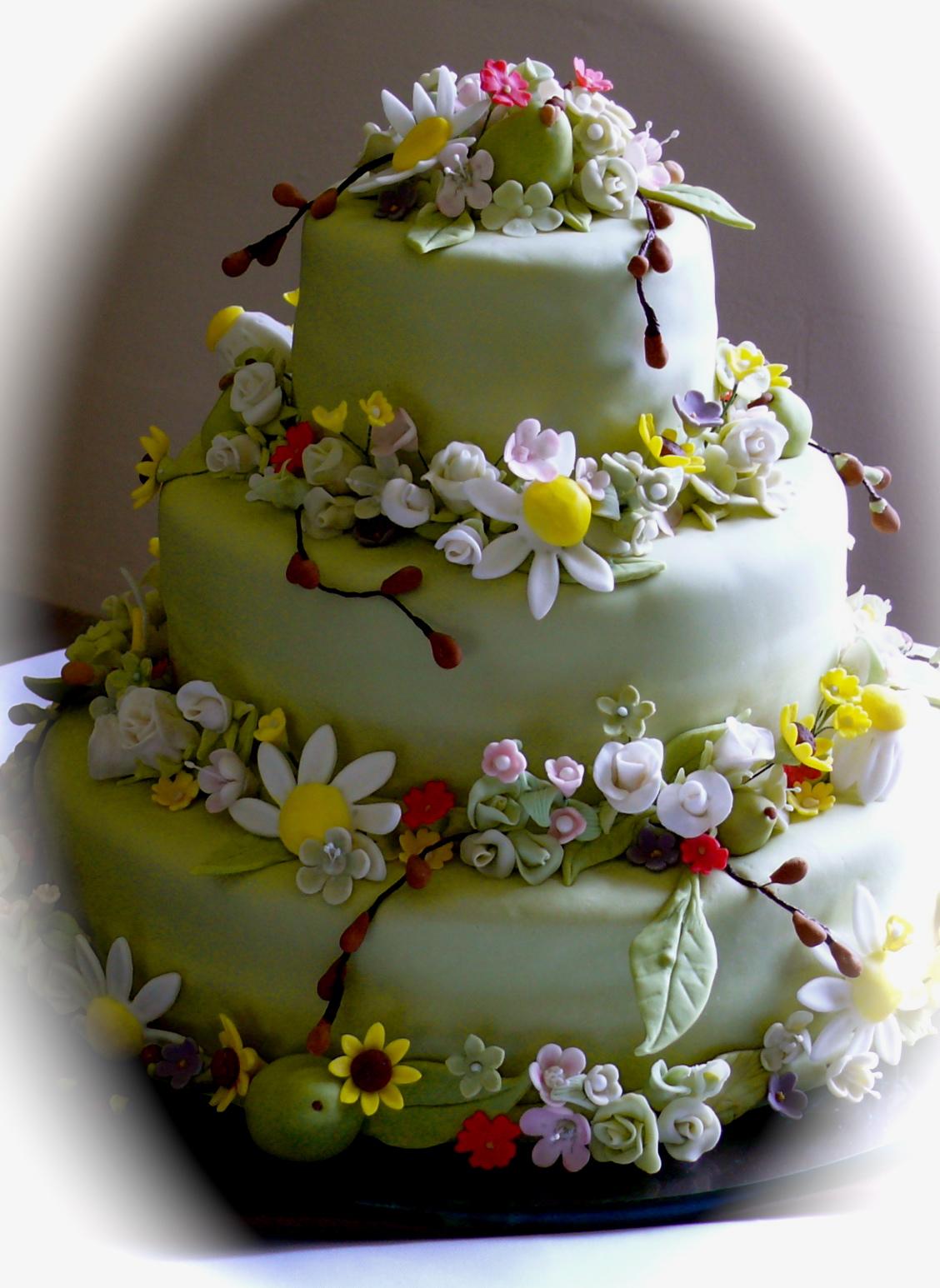 evolution of a party garden flower wedding cake. Black Bedroom Furniture Sets. Home Design Ideas