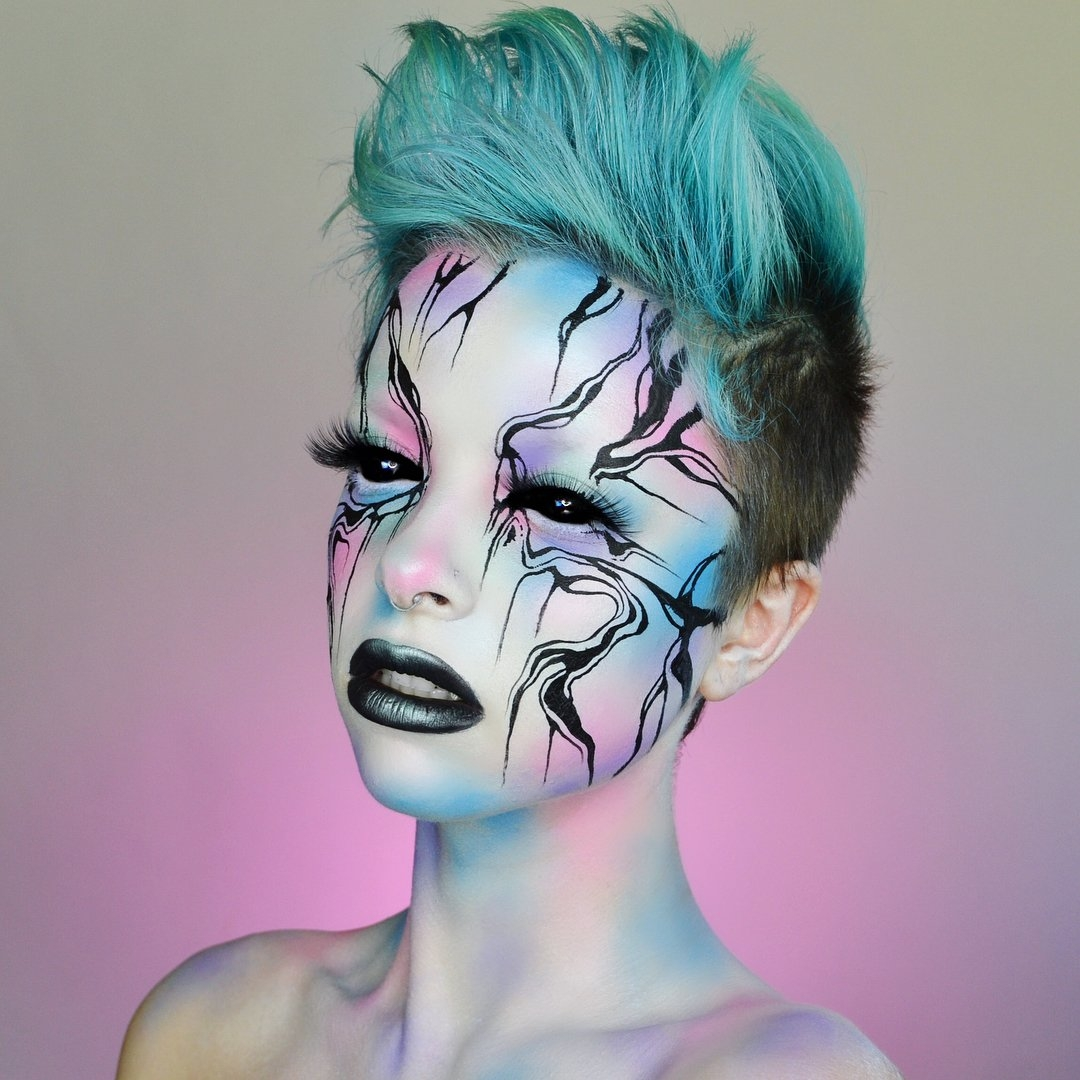 04-Marbled-Kimberley-Margarita-Makeup-Effects-that-Transform-the-Artist-www-designstack-co