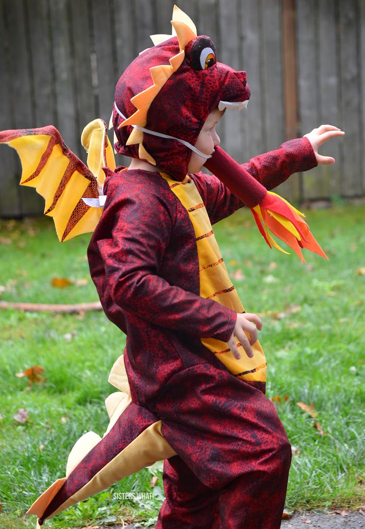 easy diy dragon kids Halloween costume from dragon loves taco dragon costume