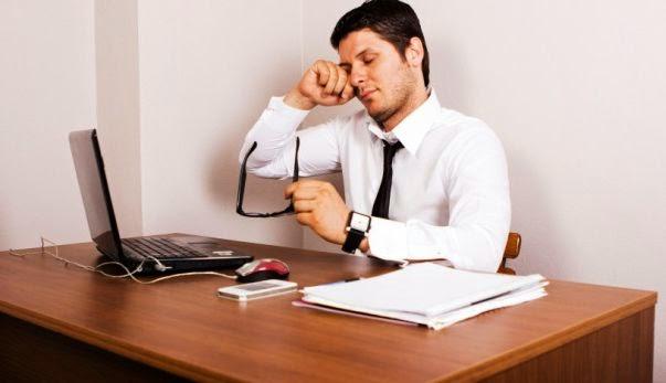 Tips Mengatasi Mata Lelah Saat Bekerja
