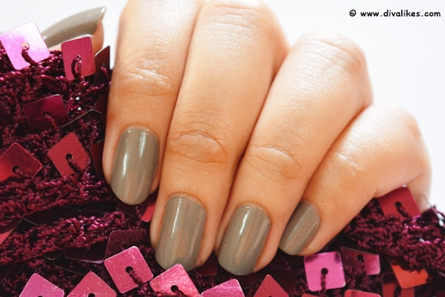 Nykaa Nude Nail Enamel Earl Grey Tea Cake Nails