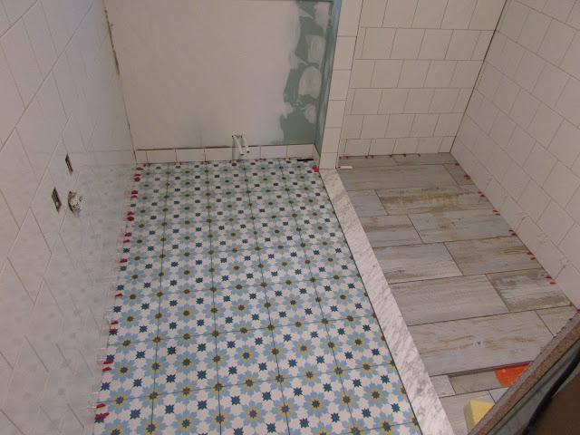 Cementtegels In Badkamer : Verbouwing van ons ouderlijk huis: betegeling badkamer 5
