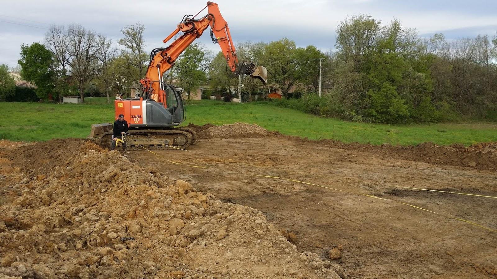 Dcapage Du Terrain Ralisation De La Plateforme Construction