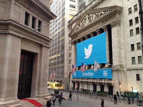 Las acciones de Twitter bajaron después del rumor que Google no presentaría una oferta por su compra