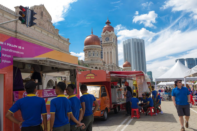 Tips memulakan perniagaan food truck, modal untuk menjadi Usahawan food truck, food truck Malaysia, tips rancang modal perniagaan berasaskan food truck, Usahawan food trcuk di wilayah persekutuan,