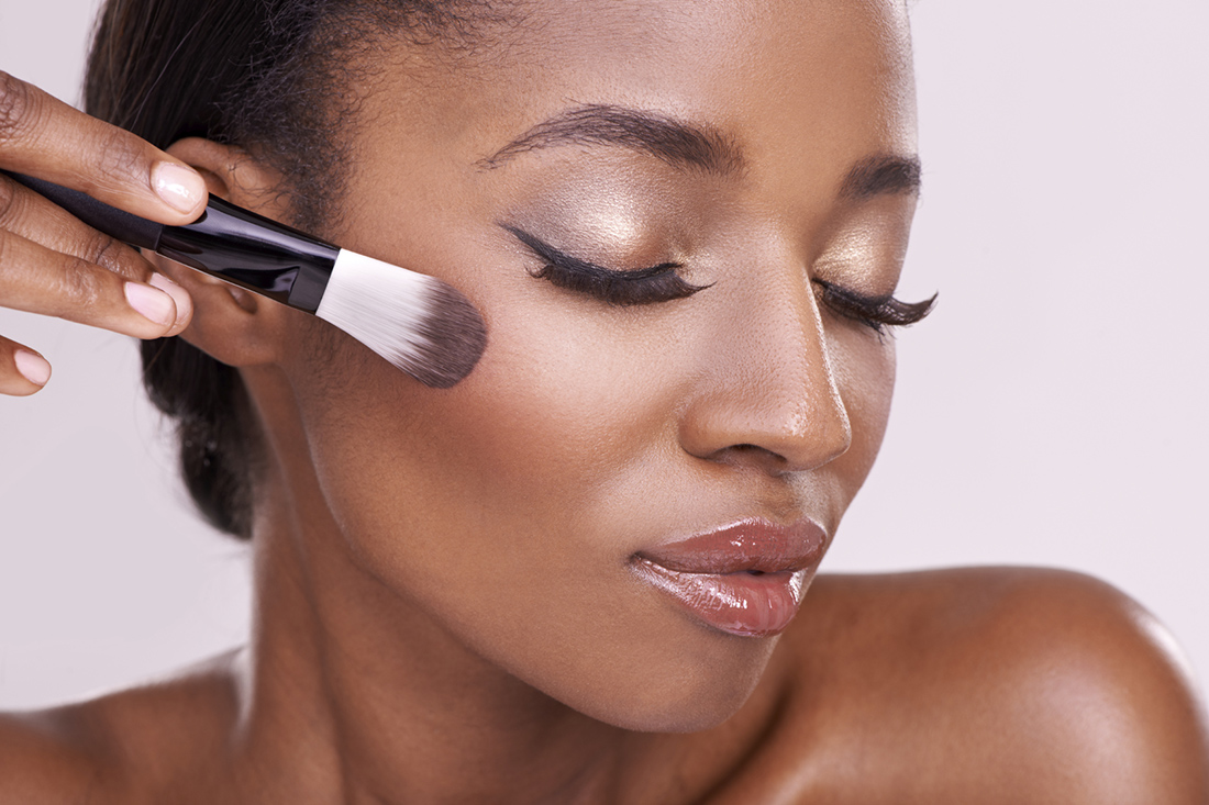 Makeup step by step for the black skin: Tips to value your beauty!