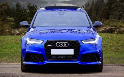 Audi Quattro RS5 Bleue - Fond d'écran en Full HD 1080p