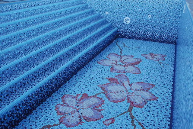swimming pool mosaics