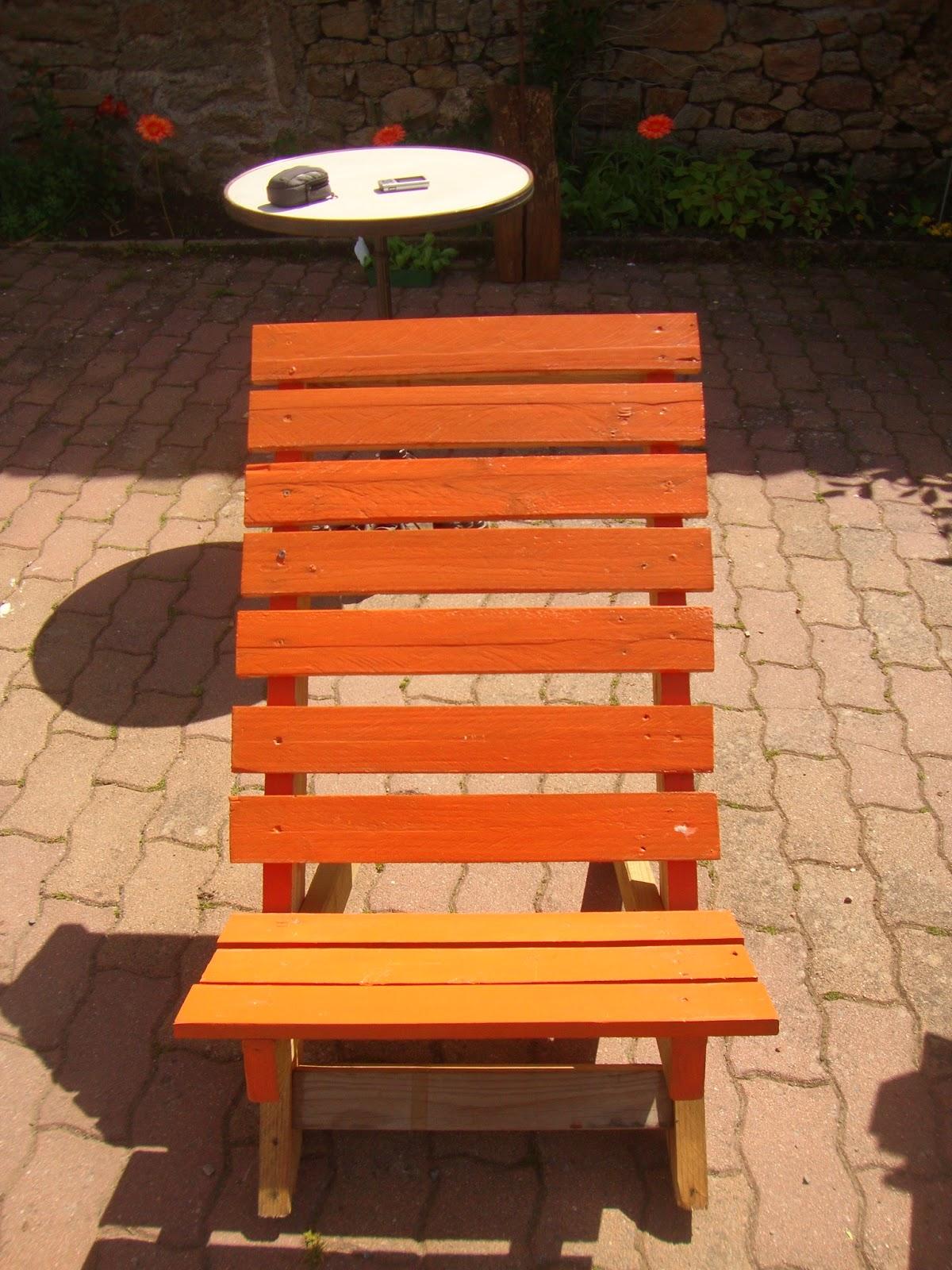 recyclage palettes mobilier de jardin en palettes. Black Bedroom Furniture Sets. Home Design Ideas