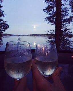 romanttinen ilta