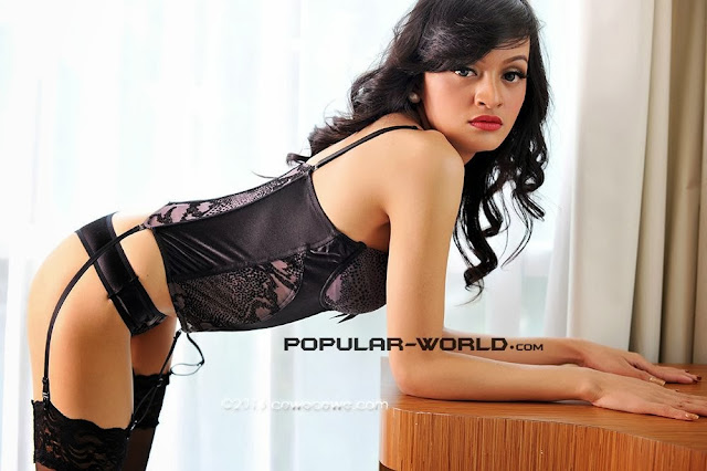 Julie Sukma Black Lingerie on POPULAR- WORLD