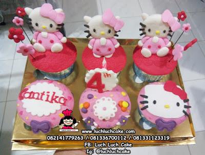 Cupcake Hello Kitty Untuk Anak Perempuan