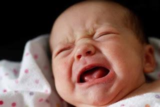 10 Penyebab Bayi Sering Bangun di Malam Hari