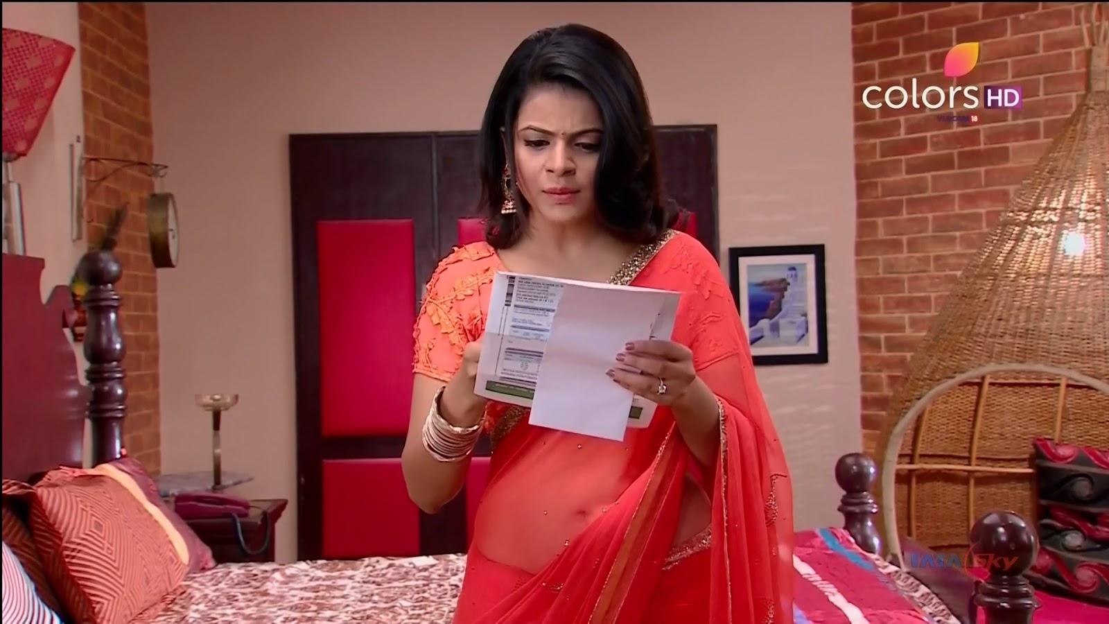 Jigyasa Singh TV show actress from Thapki Pyaar Ki in Orange Transparent Saree