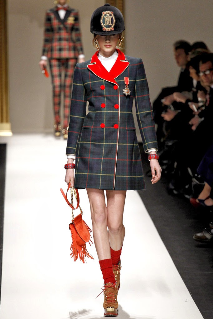 Tendencias Condecoraciones Moschino FW 2013-2014