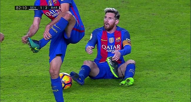 cuplikan gol barcelona vs sevilla 2-1